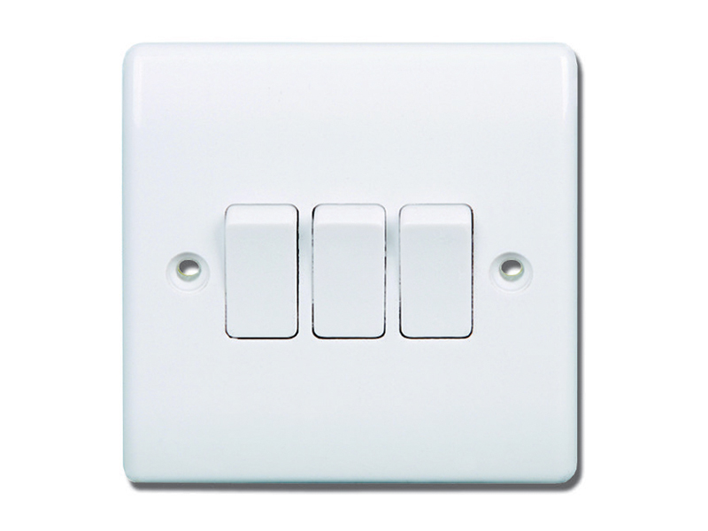 3 Gang - 2 Way Switch