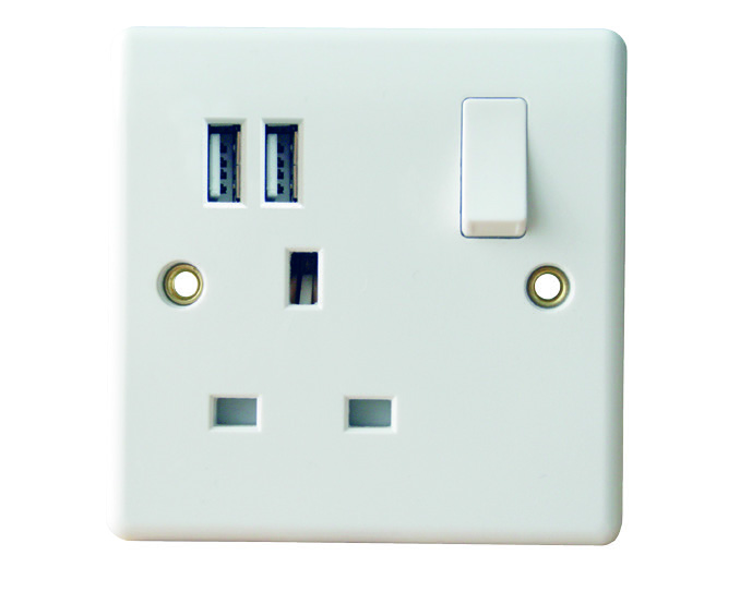 1 Gang Switched Socket Outlet With USB Ports