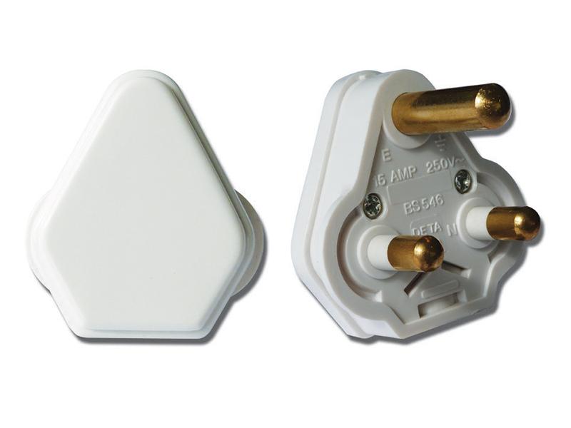 15 Amp Round 3 Pin Plug